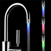 التحكم في درجة الحرارة الاستشعار RGB تغيير الصمام الحنفية المياه الحنفية الخفيفة للمطبخ الحمام