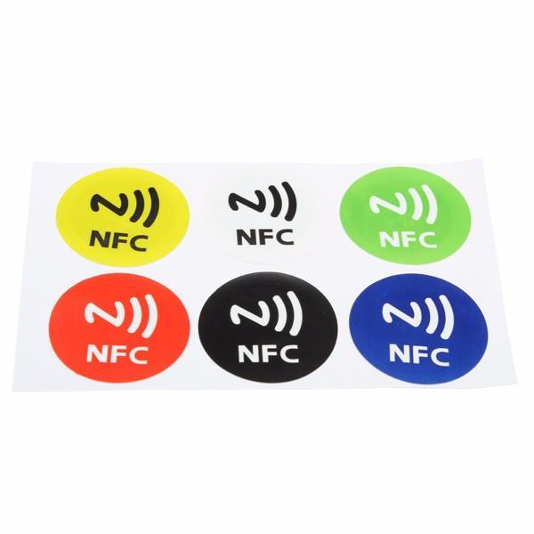 6個の防水NFCタグNTAG213チップRFIDすべてのNFC携帯電話の接着ラベルステッカー