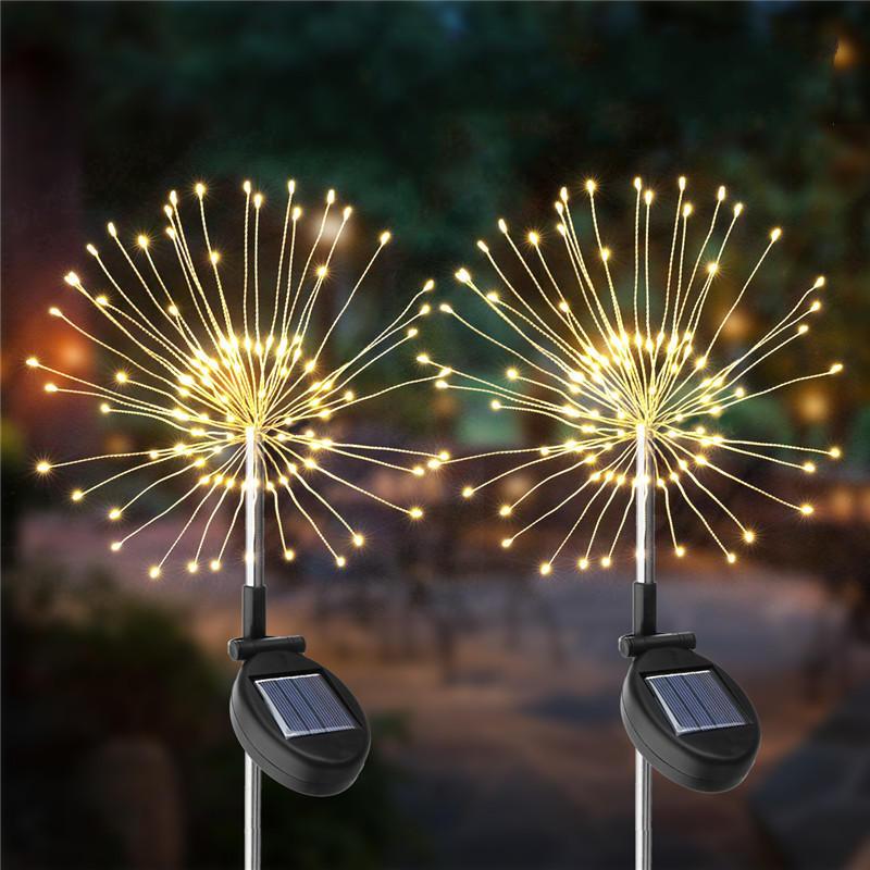 2PCS solare Powered 105LED Starburst Fireworks Fairy String Landscape Light Decorazioni per esterni di Natale