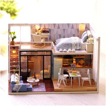 CuteRoom L-023 Blue Time DIY House com mobiliário Music Light Cover Miniature Model Gift Decor