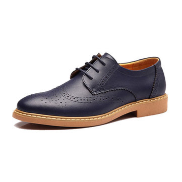 New Men England Style Casual Carving Leather Shoes